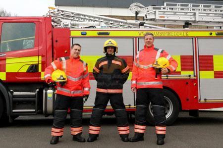 تهیه تجهیزات حفاظت شخصی (PPE) آتشنشانها