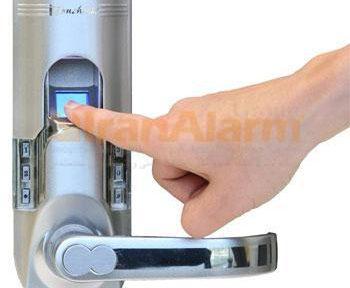 کنترل دسترسی بی سیم چشمان کاربران را به این ایده که می توانند امنیت بسیاری از اشیای داخل خانه را تامین کنند باز کرد.