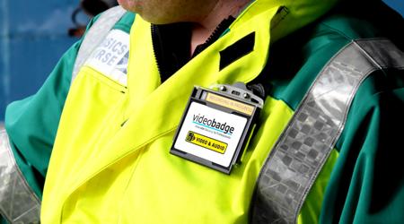 دوربین های Body Worn، خدمات آتش نشانی را ارتقا می دهند